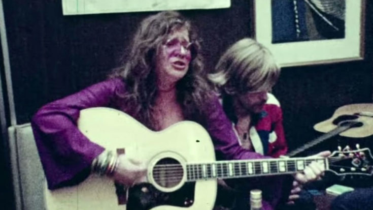 "Rare Footage Of Janis Joplin In Her Natural State, Singing ""Me And Bobby McGee"" On The Spot 
