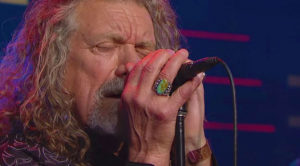 """Robert Plant Crushes It And Brings Along A Killer Take On """"Babe, I'm Gonna Leave You"""""""