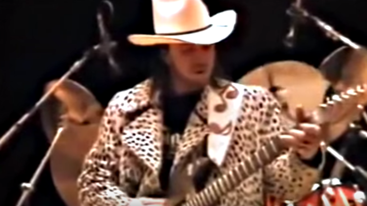 SRV Messing Around During Soundcheck Turns Into Full On Jam Session | I Love Classic Rock Videos