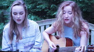 "These Two Girls' Dreamy Cover Of Fleetwood Mac's ""Rhiannon"" Will Send Chills Down Your Spine"