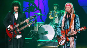"""Jimmy Fallon And Kevin Bacon Perform Hilarious Rendition Of Tom Petty's """"Free Fallin'"""""""