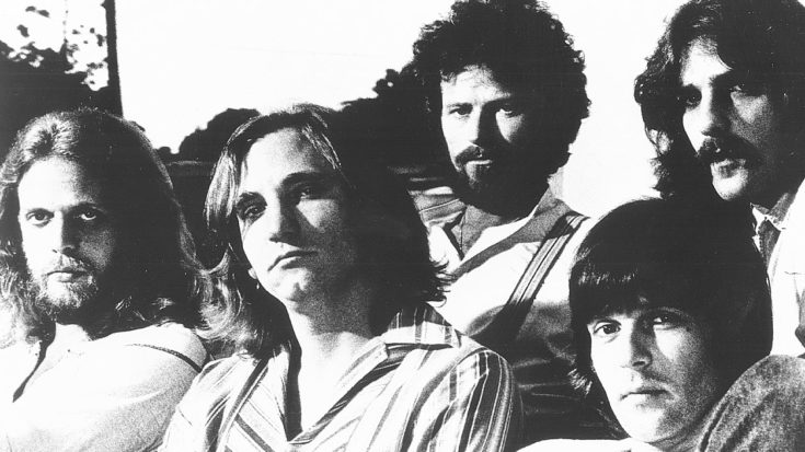 """The Shocking Truth Behind The Lyrics In """"Hotel California""""—It's Not What You'd Expect 
