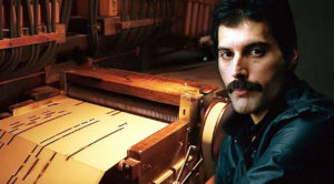 """Bohemian Rhapsody"" Played On A 100-Year-Old Organ Is Unlike Anything You've Ever Heard…"