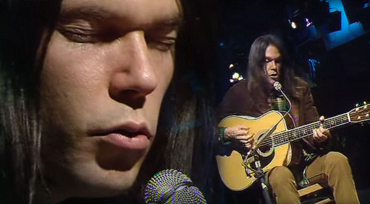 26yearold neil young performs quotold manquot and its