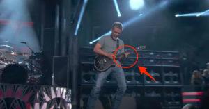 Eddie Van Halen Guitar Solo at Billboard Music Awards- Puts Popstars to Shame
