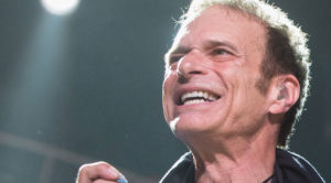 David Lee Roth Does Incredible Act Of Kindness For Former Bandmate – This Is What Friendship's All About