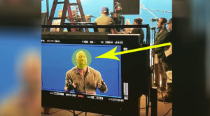 A-List Actor Stops Movie Shoot To Sing A Classic Rock Song – This Is The Coolest Thing Ever