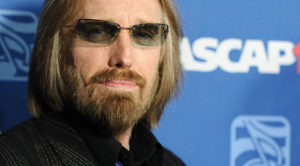 Your Spine Will Tingle When You Hear Tom Petty's Unforgettable Final Words To This Country Star