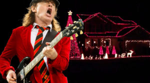 "Family Synchronizes Christmas Lights To AC/DC's ""Thunderstruck"" For One Seriously Rockin' Light Show"