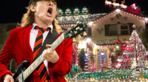"Family Synchronizes Christmas Lights To AC/DC's ""Thunderstruck"" – Rock Fans Are Gonna Love This!"