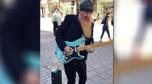 Billy Gibbons Was Spotted Playing Guitar At The Mall – You Have To See It To Believe It