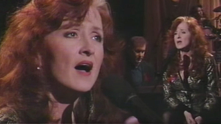 """I Can't Make You Love Me"" Stuns As Bonnie Raitt Channels Heartbreak, Grief At Grammys 