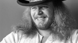It's Ronnie Van Zant's 70th Birthday! Here's 7 Reasons Why He'll Always Be Southern Rock's Greatest Hero