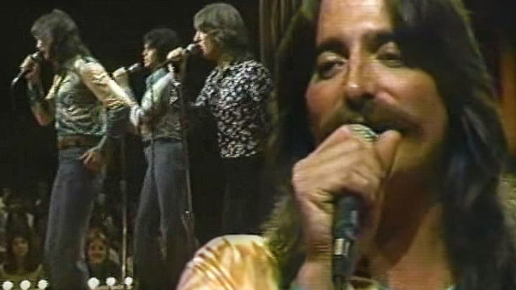 """Three Dog Night Play An """"Old Fashioned Love Song,"""" And You'll Fall In Love All Over Again 