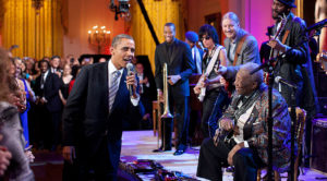 "B.B. King Performs ""Sweet Home Chicago"" At The White House – But Keep Your Eye On Barack Obama"