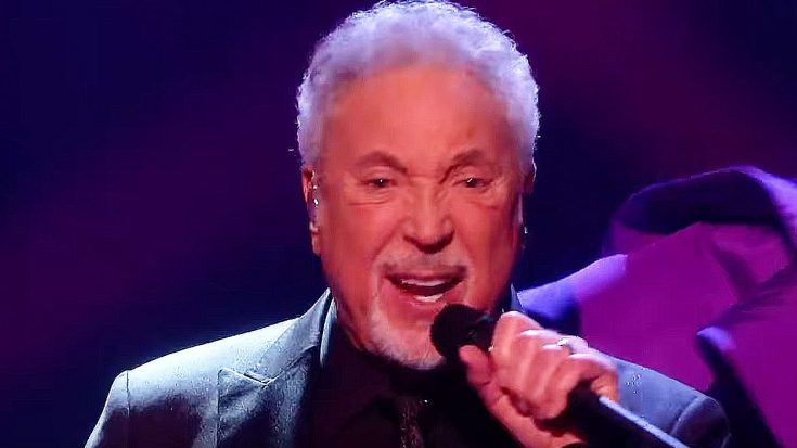 "Tom Jones Gets To Sing ""Come Together"" On 'The Voice' And Ends Up Completely Stealing The Show 