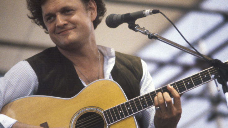 "44 Years On, Nothing Hits Every Good Father's Biggest Fear Like Harry Chapin's ""Cat's In The Cradle"" 