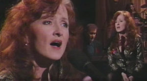 """I Can't Make You Love Me"" Stuns As Bonnie Raitt Channels Heartbreak At Grammys"