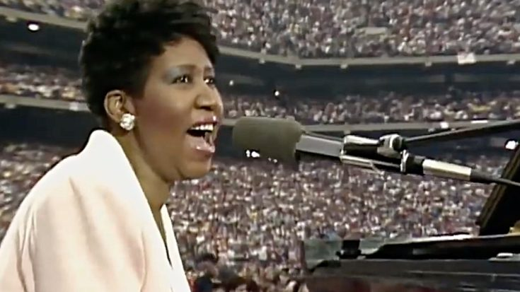 """To This Day, There's No One Who Can Sing """"America The Beautiful"""" Quite Like Aretha Franklin   I Love Classic Rock Videos"""