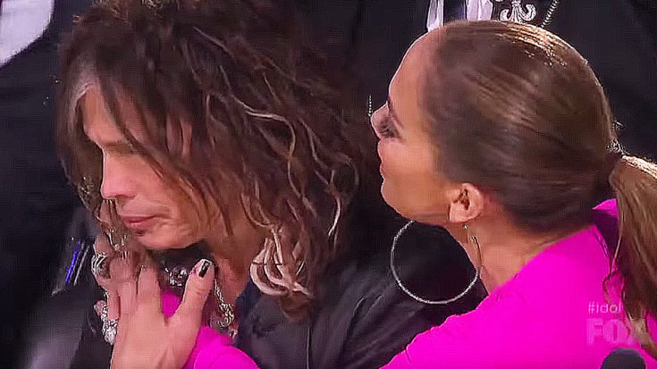 Steven Tyler Gets Gift On 'American Idol' – Immediately Starts Crying When He Sees What It Is   I Love Classic Rock Videos