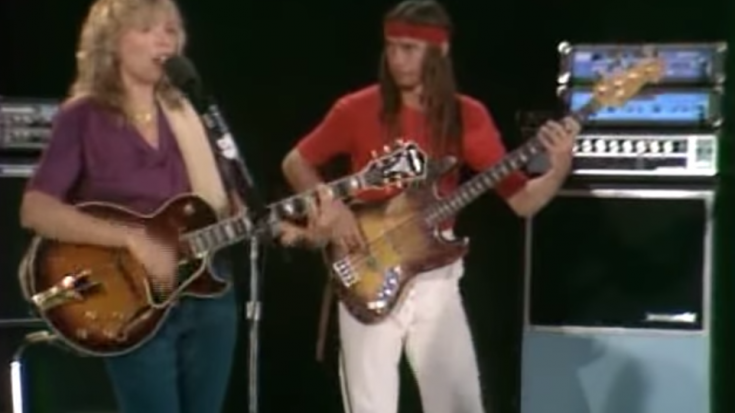 "Nothing Compares to Jaco Pastorius and Joni Mitchell Performing ""Free Man In Paris"" 