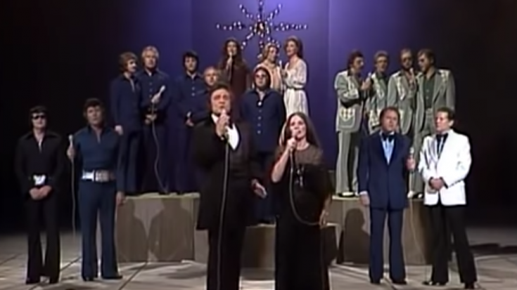 "Roy Orbison and All Star Choir Sing ""Silent Night"" On The Johnny Cash Christmas Special 