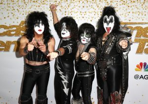 Alice Cooper Reveals They Told KISS Where To Buy Makeup