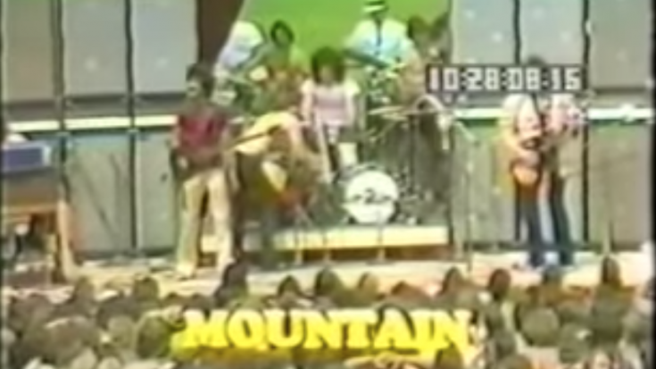 "Mountain's ""Mississippi Queen"" Live – More Cowbell Please 