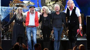 Fleetwood Mac Finally Give A Reason Why They Fired Lindsey Buckingham