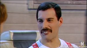 """The Untold Truth Of Freddie Mercury and His """"Partners"""" During His Career – Revealed"""
