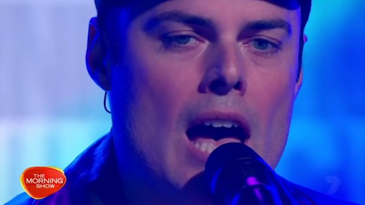 """Watch Marc Martel Pay Tribute For Freddie Mercury Singing """"Love Of My Life"""" 