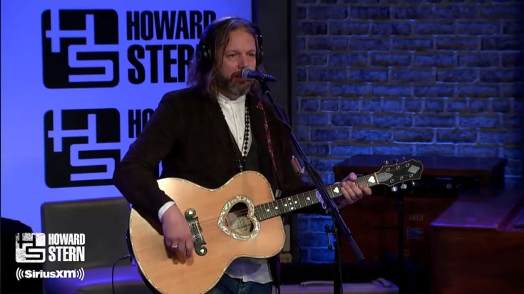 "Watch The Black Crowes Play ""She Talks to Angels"" Nearly 30 Years After Release 
