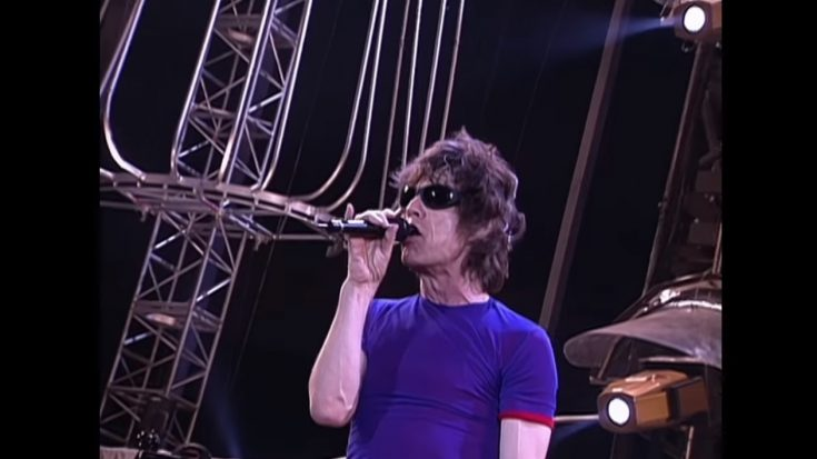 """The Rolling Stones Streams 1998 Performance Of """"Jumpin' Jack Flash"""" 