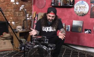 Mike Portnoy Plays Toy Drum Kit To Pay Tribute Neil Peart