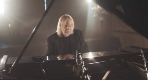 "Rick Wakeman Returns With Full LP ""The Red Planet"""