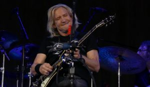 Joe Walsh Is Now The Host Of An 'Old Fashioned Rock & Roll' Radio Show