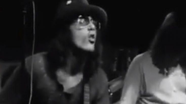 "Watch The 1971 ""In-A-Gadda-Da-Vida"" Performance Of Iron Butterfly | I Love Classic Rock Videos"