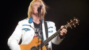 Joe Elliot Recalls 5-Month Struggle With His Voice