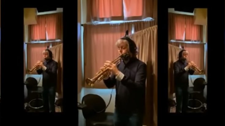 """Paul McCartney Plays Trumpet To Cover """"When the Saints Go Marching In"""" 