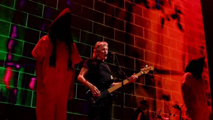 """Roger Waters Streams 3 Classic Tracks From """"Us + Them"""" Film 