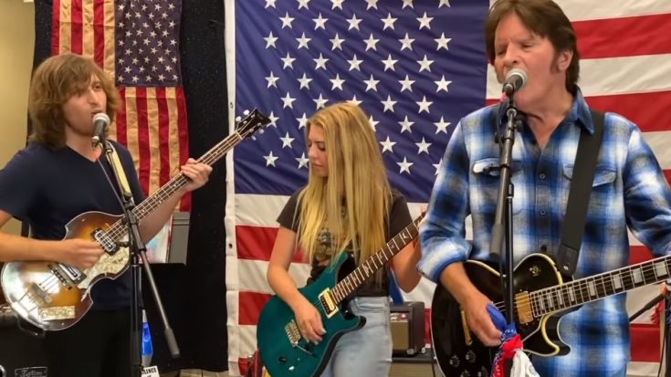 """John Fogerty Performs """"Proud Mary"""" For America's Birthday 