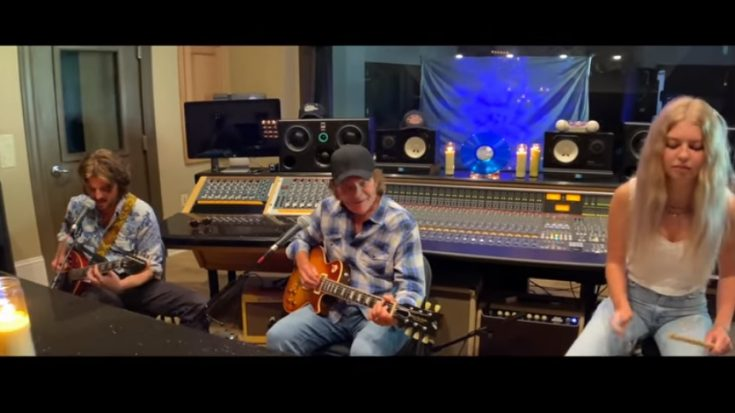"""John Fogerty Releases Performance Video Of """"Blue Boy'"""" 