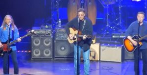 """Eagles Release """"Take It Easy"""" From Live From The Forum"""