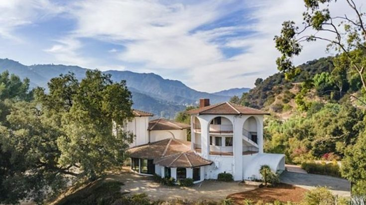House Built For Jimi Hendrix For Sale For $3.8M | I Love Classic Rock Videos