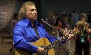 Watch Don McLean Surprise Fans With Performance Of 'Vincent' At Van Gogh Museum