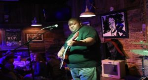 """Watch Kingfish Ingram Give a Tasteful Cover of """"Rollin' Stone"""""""