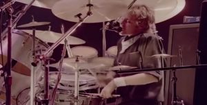 1981: Roger Taylor's Back Up Voice In 'Somebody To Love' Was Unbelievably Incredible