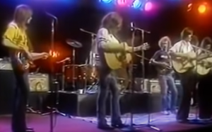 """Watch Jackson Browne """"Take It Easy"""" with The Eagles and Linda Ronstadt"""