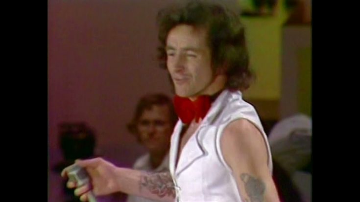 Bon Scott Was At His Prime With 1975 'High Voltage' Show On TV | I Love Classic Rock Videos