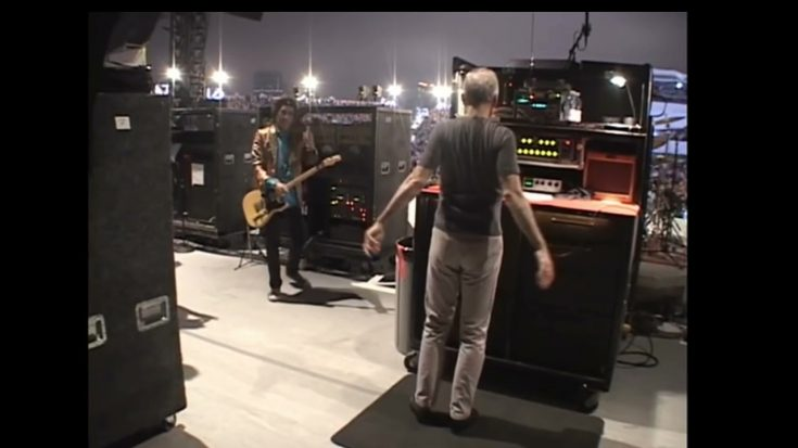 Watch Charlie Watts Dances To Warm Up Backstage | I Love Classic Rock Videos